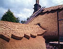 Thatched roof ridge